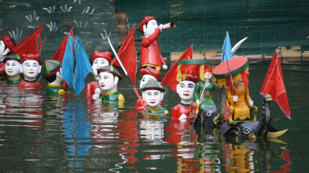 Fascinants spectacles de marionnettes sur l'eau