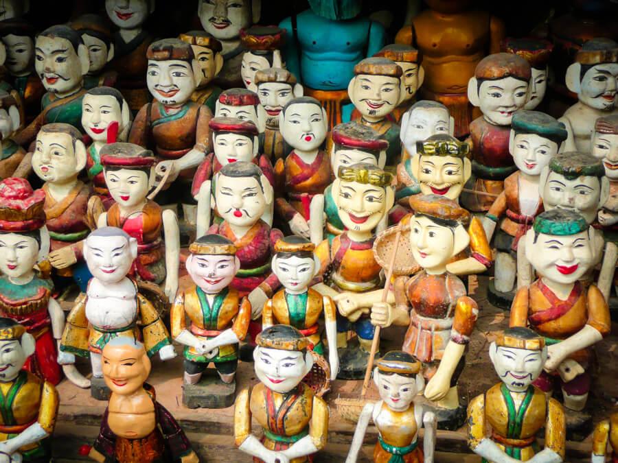 marionnettes traditionnelles vietnamiennes.