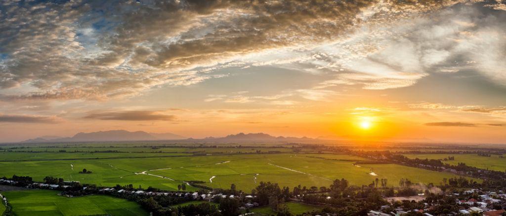 Coucher de soleil au Vietnam.