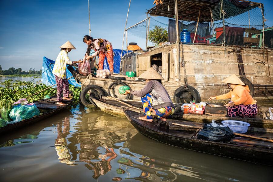 femmes pêcheurs mekong.