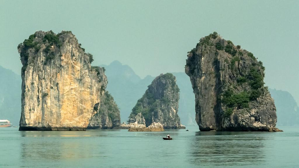 La baie d'Halong au Vietnam.
