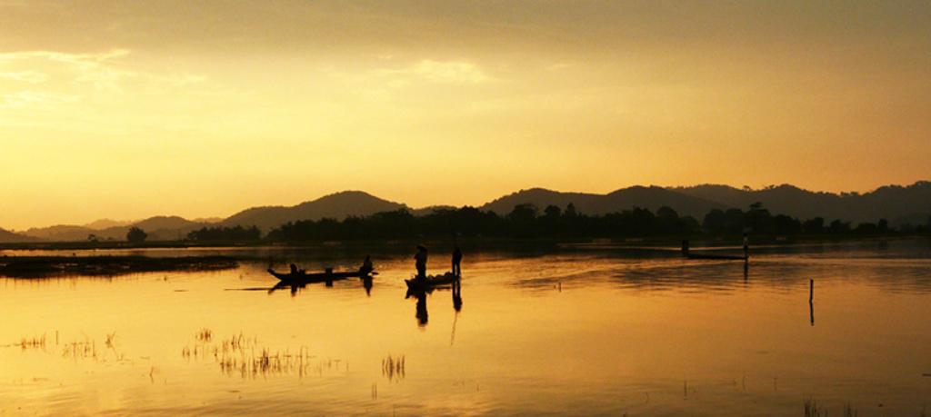Coucher de soleil sur les hauts plateaux du Vietnam.