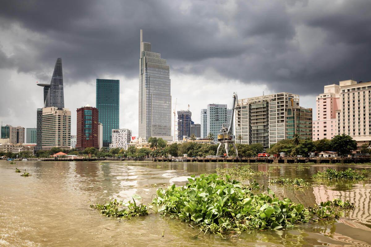 vue ville rivière.