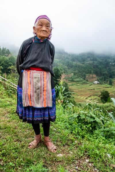 vietnam vieille femme Hmong.