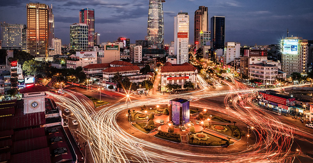 Ho Chi Minh Ville illuminée.